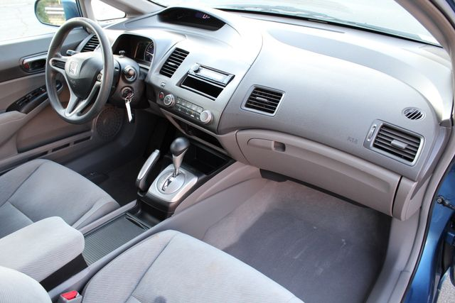 2010 Honda CIVIC LX SEDAN AUTOMATIC SERVICE RECORDS AVAILABLE A/C Woodland Hills, CA 25