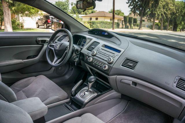 2010 Honda Civic LX COUPE - AUTO - 56K MILES - 1-OWNER Reseda, CA 28