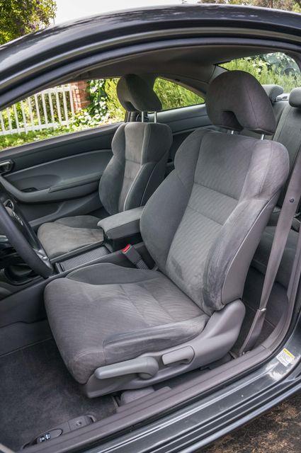 2010 Honda Civic LX COUPE - AUTO - 56K MILES - 1-OWNER Reseda, CA 24