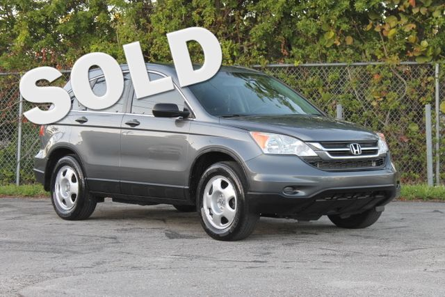 2010 Honda CR-V LX  WARRANTY CARFAX CERTIFIED 7 SERVICE RECORDS FLORIDA VEHICLE GAS SAVER