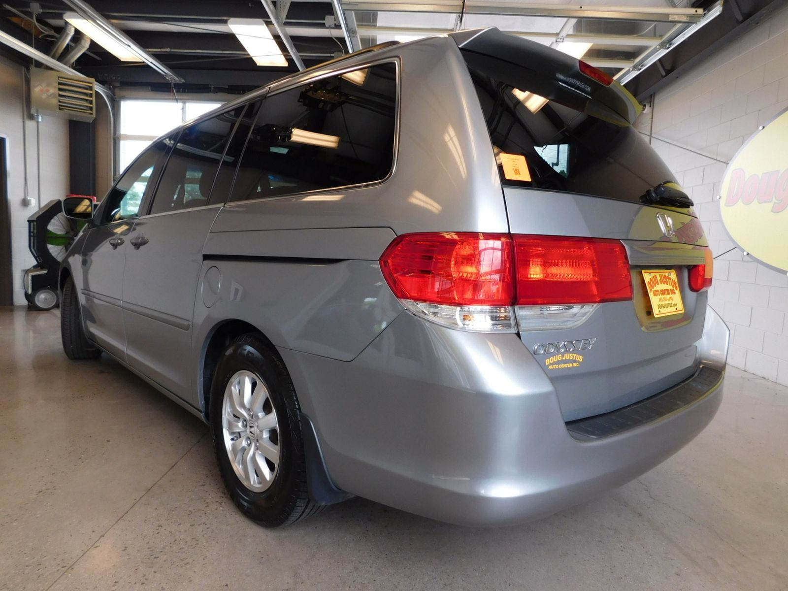 2010 Honda Odyssey EX L city TN Doug Justus Auto Center Inc