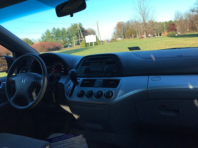 2010 Honda Odyssey LX Leesburg, Virginia 7