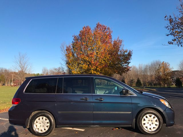 2010 Honda Odyssey LX Leesburg, Virginia 4