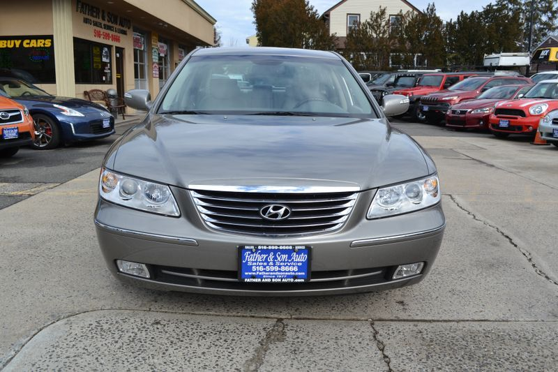 2010 Hyundai Azera Limited  city New  Father  Son Auto Corp   in Lynbrook, New