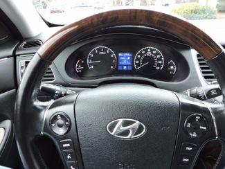 2010 Hyundai Genesis  4.6L V8 One Owner Bend, Oregon 12
