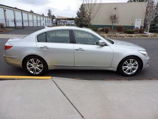 2010 Hyundai Genesis  4.6L V8 One Owner Bend, Oregon 3