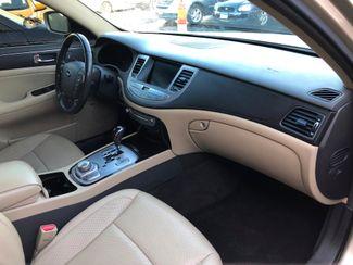 2010 Hyundai Genesis 4.6L Maple Grove, Minnesota 9