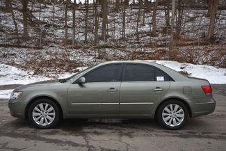 2010 Hyundai Sonata Limited Naugatuck, Connecticut 1