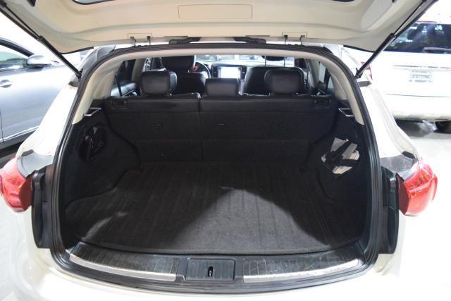 2010 Infiniti FX35 RWD 4dr Richmond Hill, New York 4