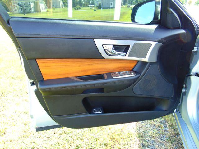 2010 Jaguar XF Luxury Leesburg, Virginia 18