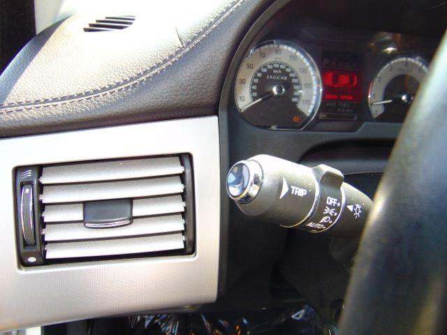 2010 Jaguar XF Luxury Leesburg, Virginia 21