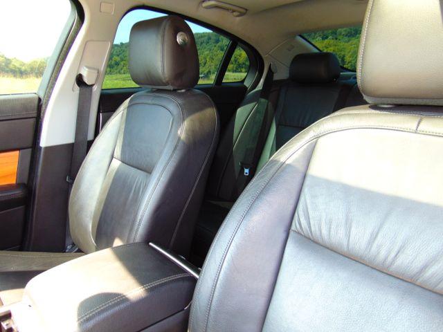 2010 Jaguar XF Luxury Leesburg, Virginia 37