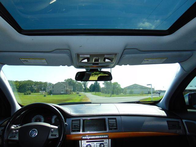 2010 Jaguar XF Luxury Leesburg, Virginia 41