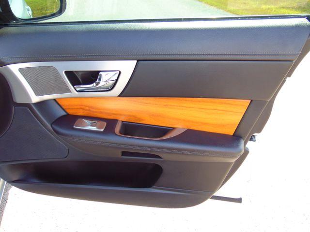 2010 Jaguar XF Luxury Leesburg, Virginia 44