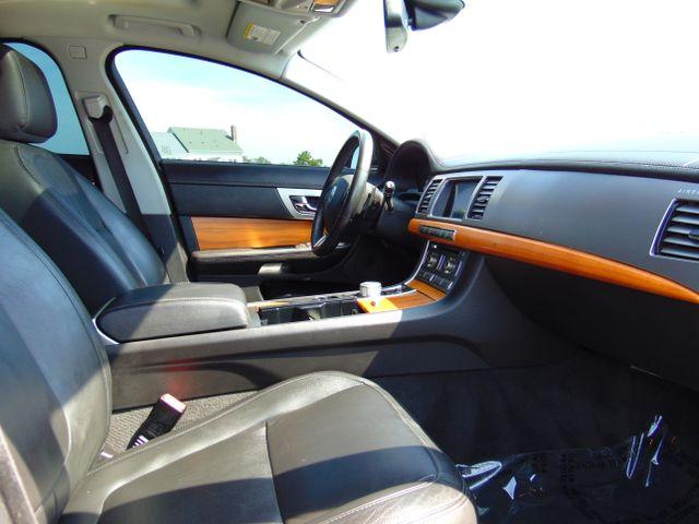 2010 Jaguar XF Luxury Leesburg, Virginia 35