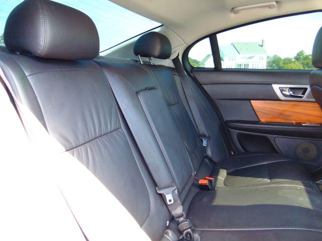 2010 Jaguar XF Luxury Leesburg, Virginia 49