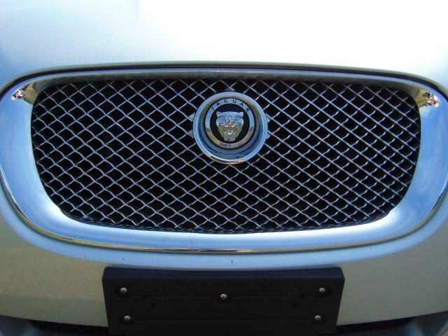 2010 Jaguar XF Luxury Leesburg, Virginia 15