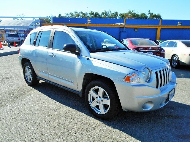 2010 Jeep Compass Sport Limited warranty included to assure your worry-free purchase AutoCheck re