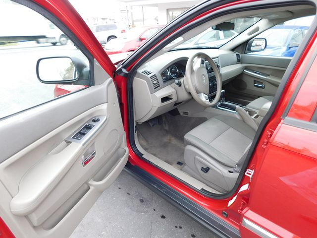 2010 Jeep Grand Cherokee Laredo Ephrata, PA 10