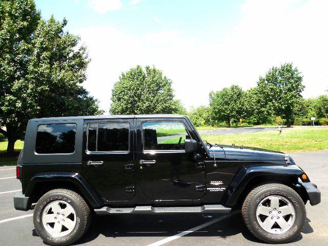 2010 Jeep Wrangler Unlimited Sahara Leesburg, Virginia 4