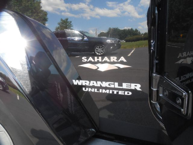 2010 Jeep Wrangler Unlimited Sahara Leesburg, Virginia 28