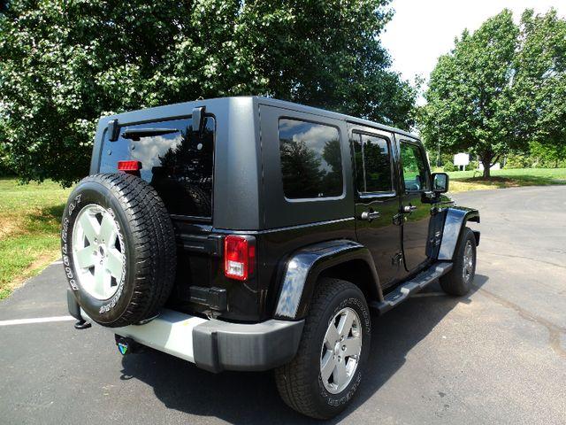 2010 Jeep Wrangler Unlimited Sahara Leesburg, Virginia 3