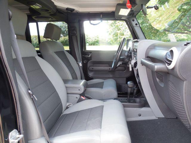 2010 Jeep Wrangler Unlimited Sahara Leesburg, Virginia 12