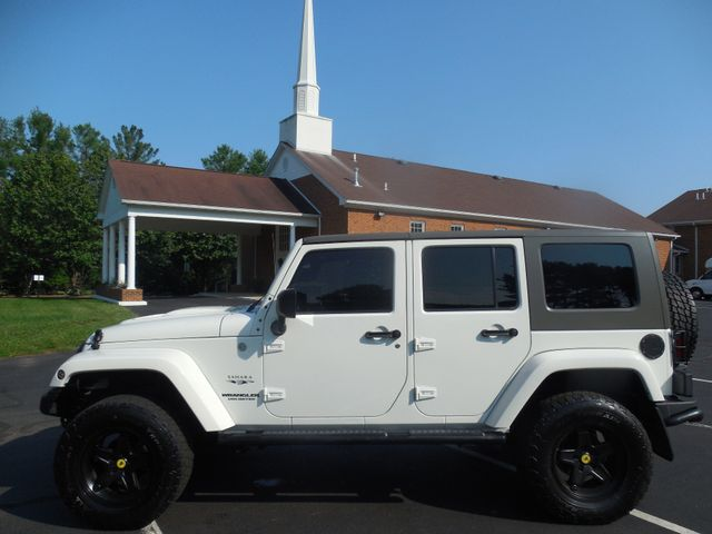 2010 Jeep Wrangler Unlimited Sahara Leesburg, Virginia 5