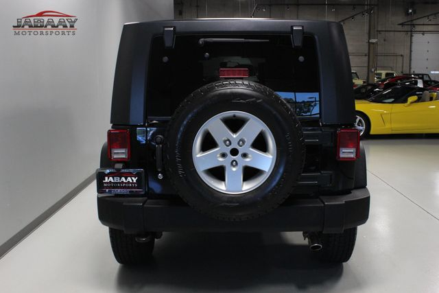 2010 Jeep Wrangler Unlimited Rubicon Merrillville, Indiana 3
