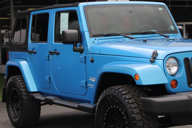 2010 Jeep Wrangler Unlimited Sahara 4X4 - NAV - LIFTED - EXTRA$! Mooresville , NC 26