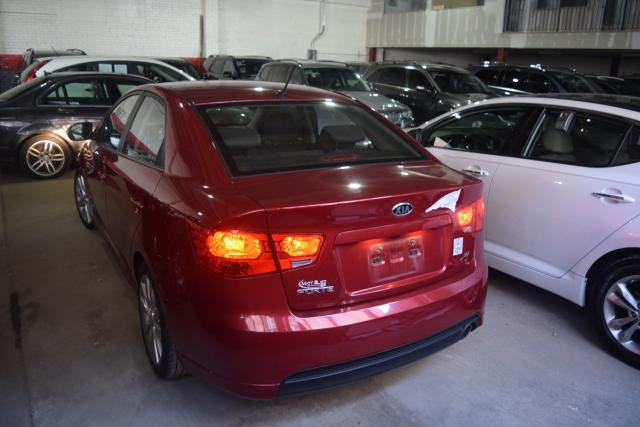 2010 Kia Forte SX Richmond Hill, New York 3