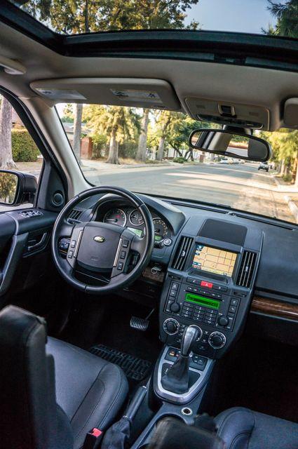 2010 Land Rover LR2 HSE 4WD - 115K MILES - NAVI - SUNROOF Reseda, CA 36