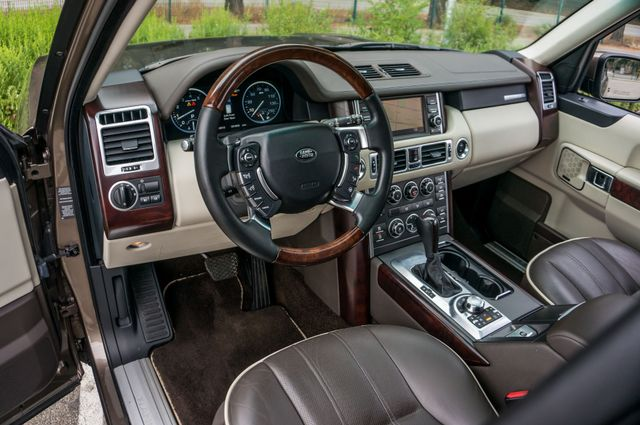 2010 Land Rover Range Rover HSE LUX Reseda, CA 16