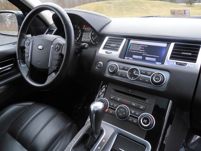 2010 Land Rover Range Rover Sport HSE LUX Leesburg, Virginia 8