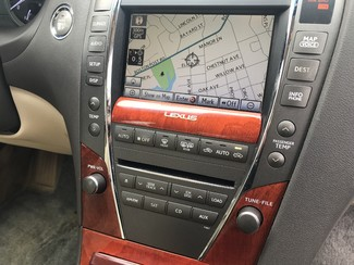 2010 Lexus ES 350 New Rochelle, New York 3