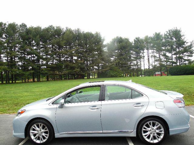 2010 Lexus HS 250h Premium Leesburg, Virginia 4