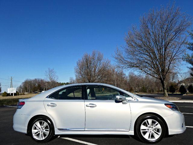 2010 Lexus HS250h Premium Leesburg, Virginia 4