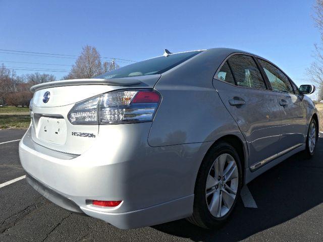 2010 Lexus HS250h Premium Leesburg, Virginia 3