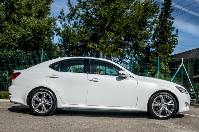 2010 Lexus IS 250 AUTO - 67K MILES - NAVI - HTD/CLD STS Reseda, CA 6