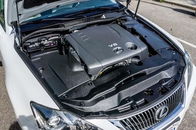 2010 Lexus IS 250 AUTO - 67K MILES - NAVI - HTD/CLD STS Reseda, CA 37