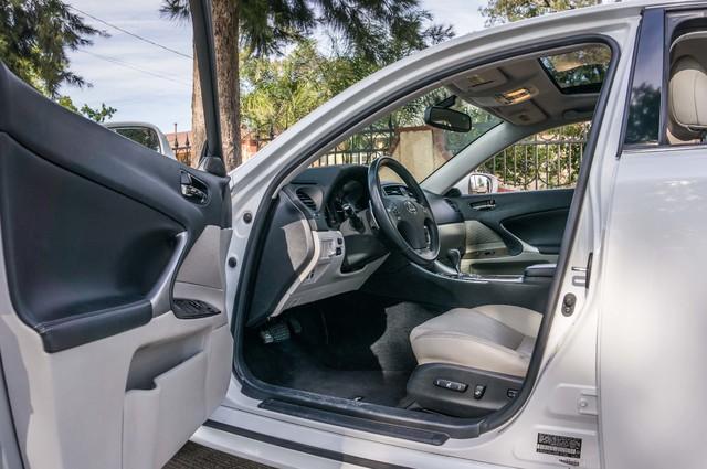 2010 Lexus IS 250 AUTO - 67K MILES - NAVI - HTD/CLD STS Reseda, CA 13