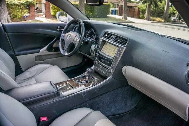 2010 Lexus IS 250 AUTO - 67K MILES - NAVI - HTD/CLD STS Reseda, CA 32