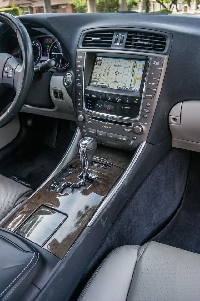 2010 Lexus IS 250 AUTO - 67K MILES - NAVI - HTD/CLD STS Reseda, CA 19