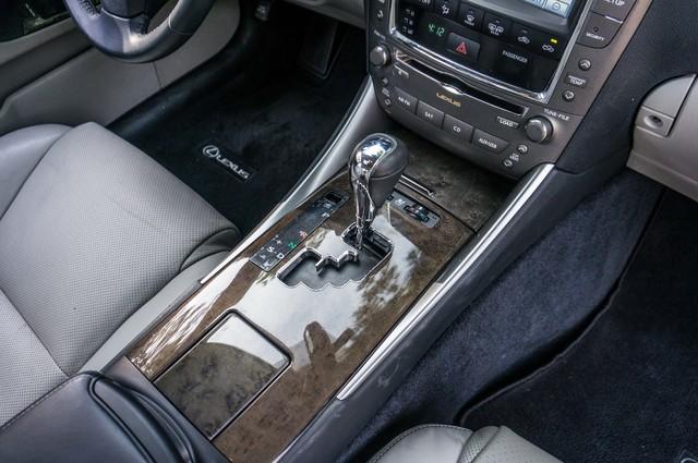 2010 Lexus IS 250 AUTO - 67K MILES - NAVI - HTD/CLD STS Reseda, CA 26
