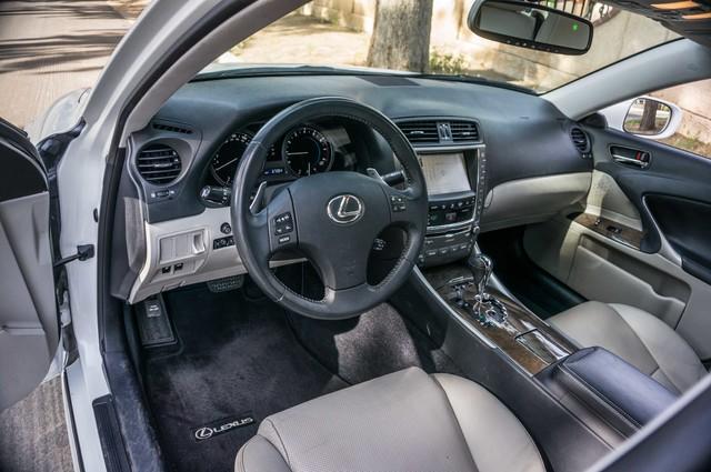 2010 Lexus IS 250 AUTO - 67K MILES - NAVI - HTD/CLD STS Reseda, CA 14