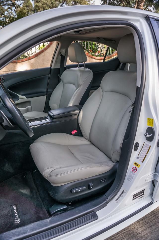2010 Lexus IS 250 AUTO - 67K MILES - NAVI - HTD/CLD STS Reseda, CA 28