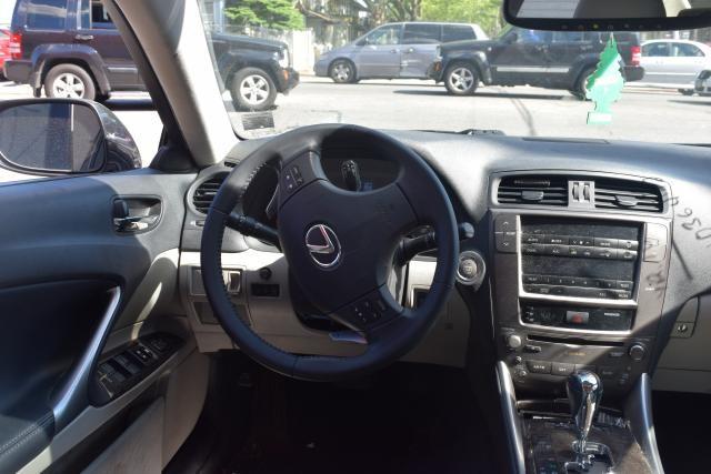 2010 Lexus IS 250 4dr Sport Sdn Auto AWD Richmond Hill, New York 5