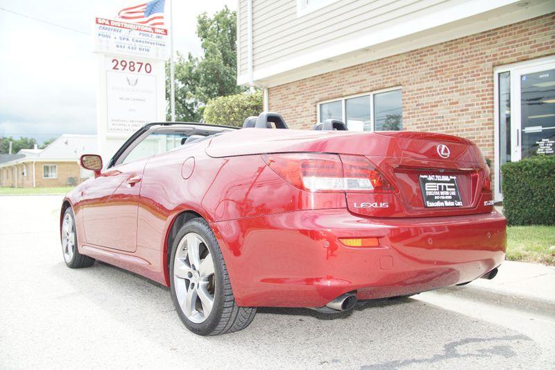2010 Lexus IS 250C   Lake Bluff IL  Executive Motor Carz  in Lake Bluff, IL