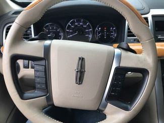 2010 Lincoln MKS Knoxville, Tennessee 17