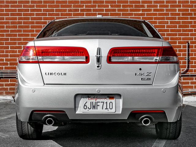 2010 Lincoln MKZ Burbank, CA 3